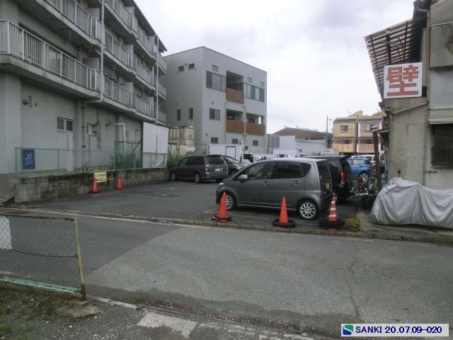 更地 駐車スペース付