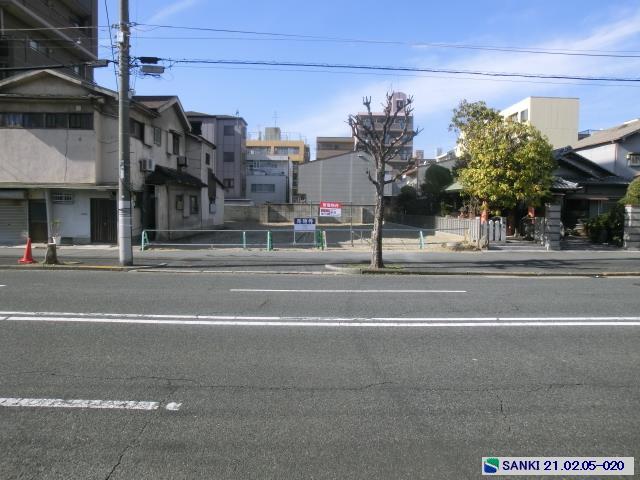 駐車スペース付 駅近